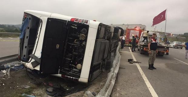 Samsun'da askerleri taşıyan otobüs devrildi: 47 yaralı