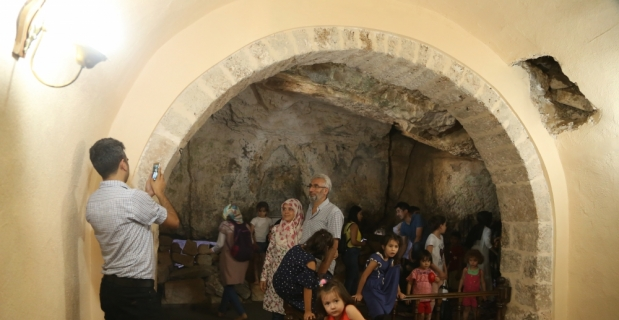 Eshab-ı Kehf Külliyesi'nde bayram yoğunluğu