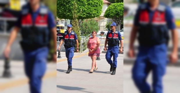 Mağazadan hırsızlık yapan Alman turist tutuklandı