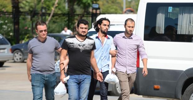 Antalya'da işitme güçlüğü çeken kadına şiddet iddiası