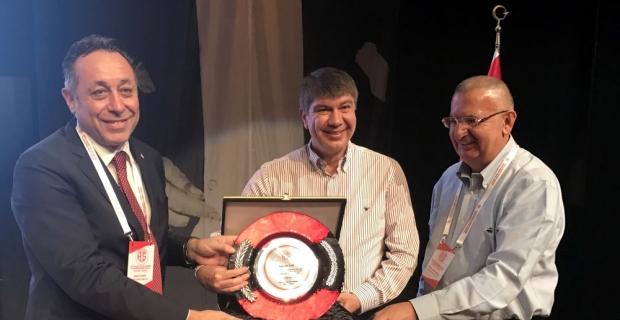 Antalyaspor Kulübü Derneğinin başkanı Öztürk oldu