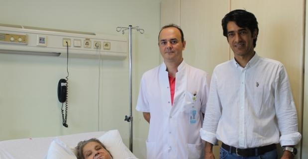 Hastanın ağzında oluşan boşluk bacağından alınan dokuyla kapatıldı