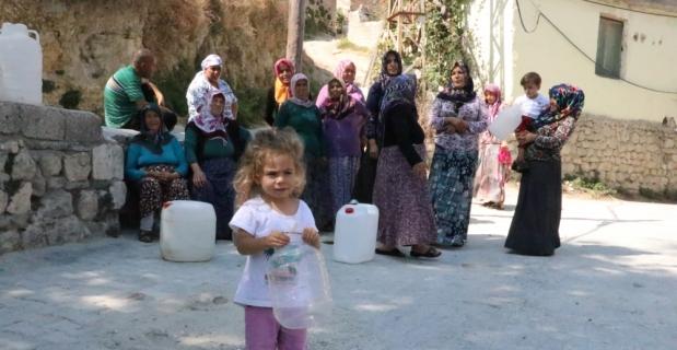 Hatay'da vatandaşların su kesintisi tepkisi