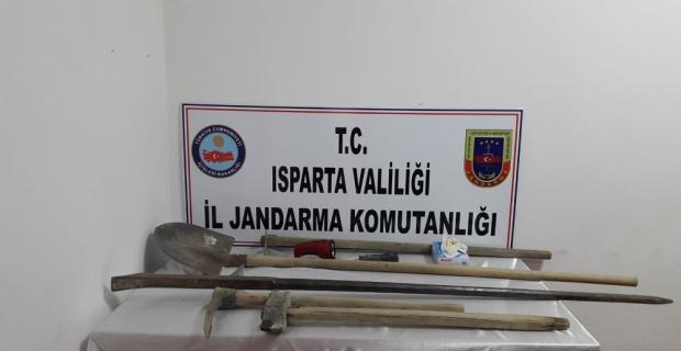 Isparta'da kaçak kazı operasyonu