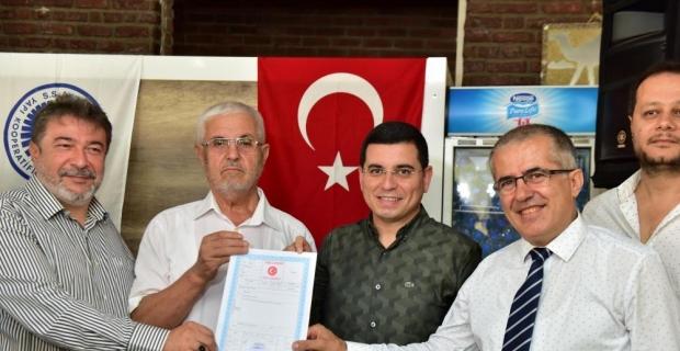 Kepez'de sanayi esnafı tapu sevinci yaşadı