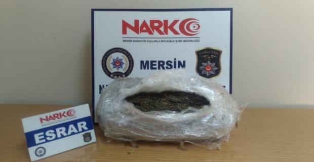Mersin'de 4 kilo 300 gram esrar ele geçirildi