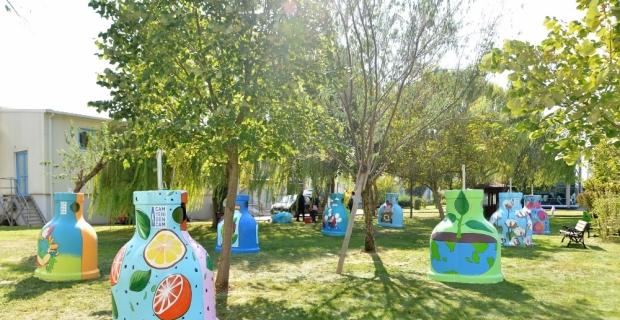 Şişecam Ailesi'nin tasarladığı cam kumbaraları Bursa'da sokakları renklendirecek