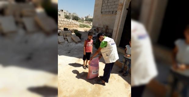Suriyeli ailelere pirinç yardımı