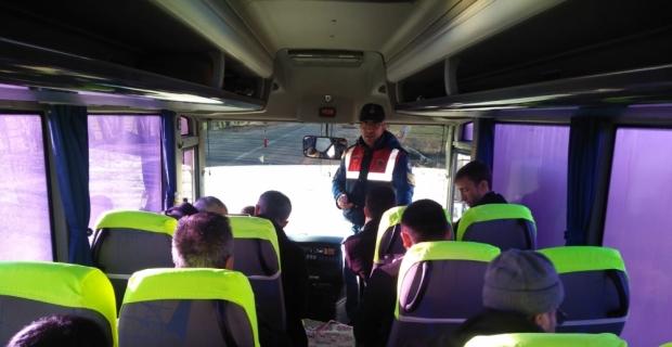 Afşin'de jandarmadan servis araçlarına denetim