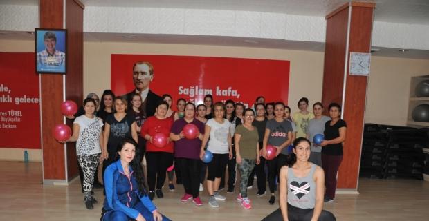 Antalyalılar ASFİM'de spor yaptı