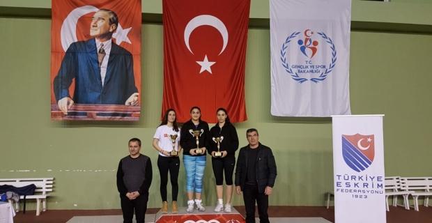 Eskrim: Gençler Epe Federasyon Kupası