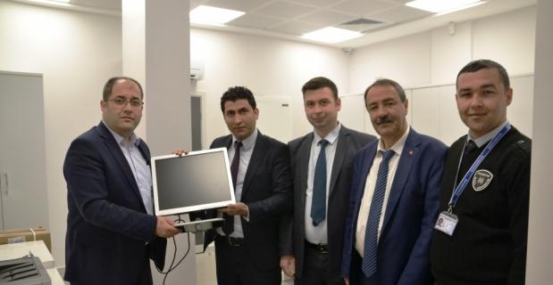 Halkbank'tan okullara bilgisayar desteği