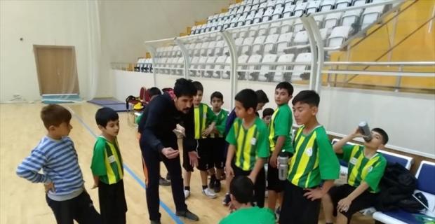 Osmaniye'de hentbol il birinciliği müsabakaları yapıldı
