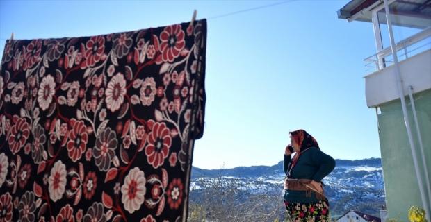 Toroslar'ın dağ köyünden beyaz perdeye uzanan ödüllü oyuncu: Ümmiye Koçak