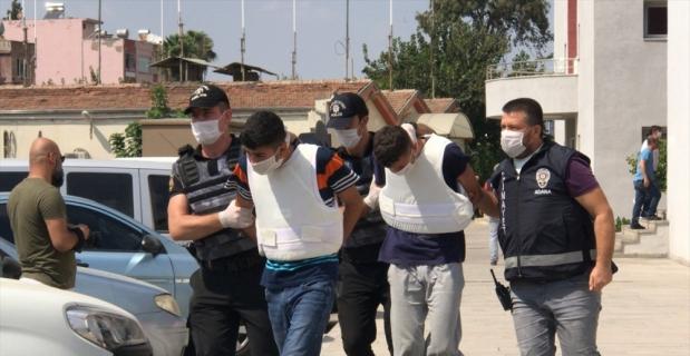 Adana'da sokakta silahla vurulan kişi hayatını kaybetti