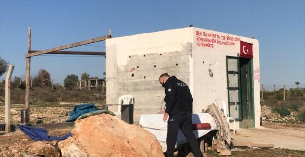 Adana'da kulübede kaynak dumanından zehirlenen 2 kişiden biri öldü