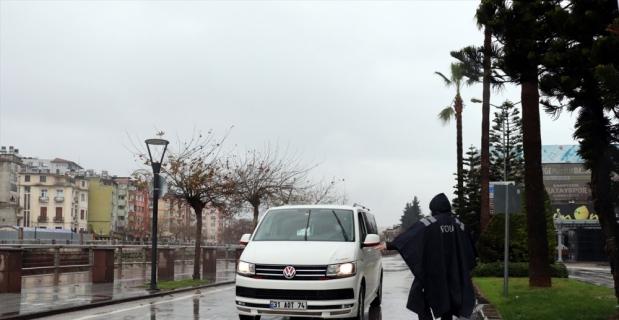 Antakya'da cadde ve sokaklarda sessizlik hakim