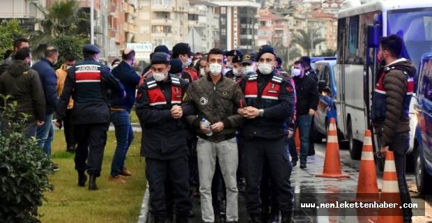 Antalya'da uyuşturucu operasyonunda yakalanan 43 şüpheliden 25'i tutuklandı