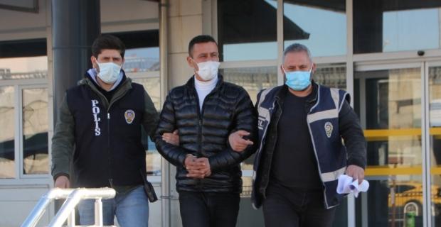 Antalya'da camilerden hırsızlık yaptığı öne sürülen zanlı tutuklandı