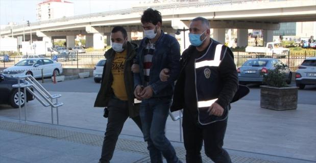 Antalya'da kasasında iki çocuğun bulunduğu kamyoneti kaçıran şüpheli adli kontrolle serbest bırakıldı