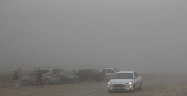 Antalya'nın yüksek kesimlerinde sis etkili oluyor