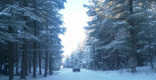 Gülnar'da karla mücadele çalışmaları sürüyor