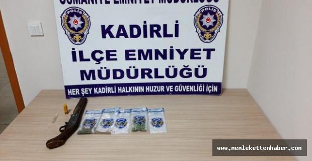 Kadirli'de narkotik uygulamalarında 9 zanlı tutuklandı.