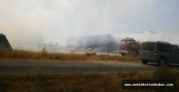 Kahramanmaraş'ta çiftlikte çıkan yangında sera ve saman balyaları yandı