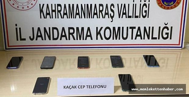 Kahramanmaraş'ta gümrük kaçağı cep telefonu ele geçirildi