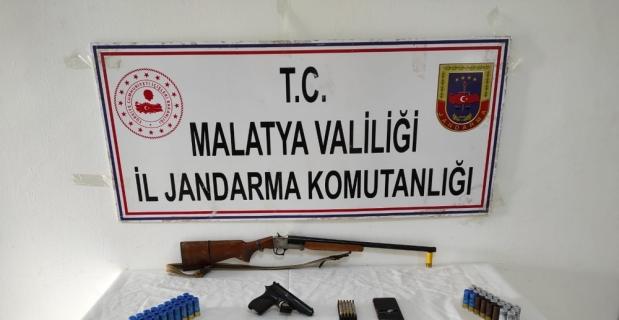 Malatya'da terör örgütü DHKP/C operasyonu: 2 gözaltı