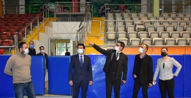 Mersin Gençlik ve Spor İl Müdürü Demir, Tarsus'ta spor tesislerini inceledi