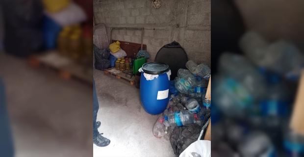 Adana'da 432 litre sahte içki ve 4 bin 800 litre kaçak akaryakıt ele geçirildi