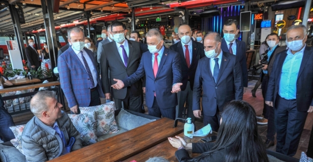 Antalya'da Kovid-19 denetimlerine Emniyet Genel Müdürü Mehmet Aktaş da katıldı