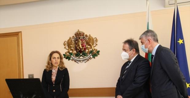 """Bulgaristan'dan Şişecam'a """"Yatırımları Kalıcı Geliştirme"""" ödülü"""