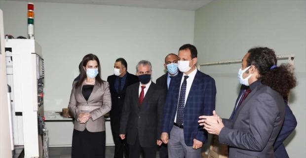 ÇÜ Rektörü Prof. Dr. Meryem Tuncel, Karaisalı MYO'yu ziyaret etti
