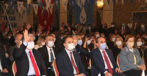 DEVA Partisi Genel Başkanı Ali Babacan, Adana'da temaslarda bulundu