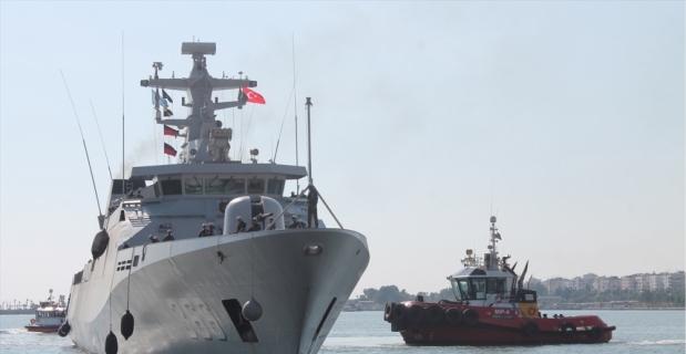 Endonezya Deniz Kuvvetlerine ait gemi Mersin Limanı'nda