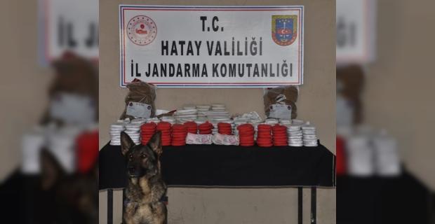 Hatay'da aracında esrar ele geçirilen teğmen ile beraberindeki kişi tutuklandı