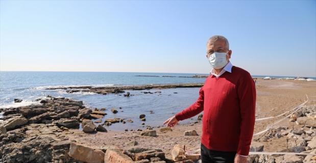 Mersin'de antik kentin limanının bir kısmı, deniz suyunun çekilmesiyle ortaya çıktı