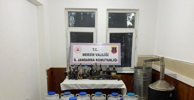 Mersin'de sahte içki operasyonunda 2 şüpheli yakalandı