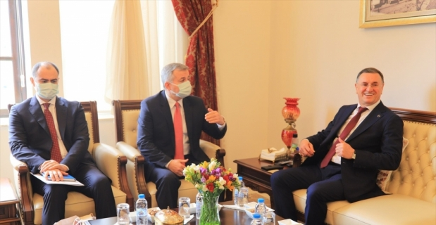 Moldova'nın Ankara Büyükelçisi Dmitri Croitor, Başkan Savaş'ı ziyaret etti