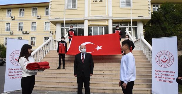 Şanlı Türk Bayrağı'mız Kahramanmaraş'tan Çanakkale'ye uğurlandı
