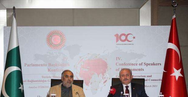 TBMM Başkanı Şentop, Antalya'da terörizmle mücadele konferansında konuştu