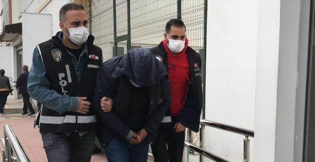 Adana'da tefecilik soruşturması kapsamında 11 şüpheli hakkında gözaltı kararı çıkarıldı