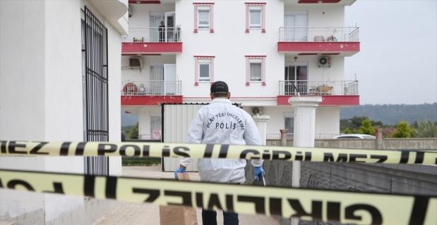 Antalya'da baba ve oğlu evlerinde ölü bulundu