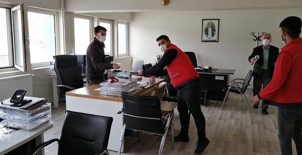 Aras Kargo kuryelerinden polis ekiplerine ziyaret