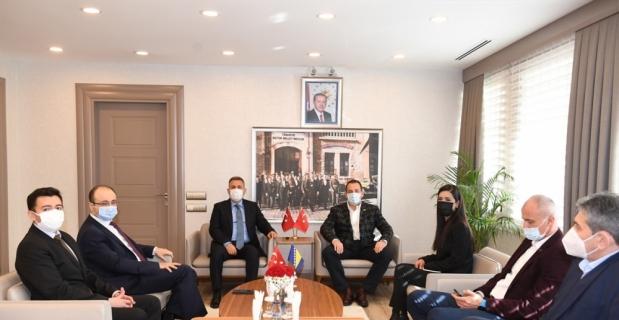 Bosna Hersek Güvenlik Bakanı Cikotic, Adana Valisi Elban'ı ziyaret etti
