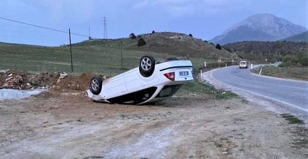 Kahramanmaraş'ta yoldan çıkan otomobil ters döndü: 1 yaralı