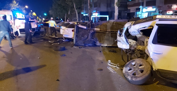 Kahramanmaraş'ta zincirleme kaza: 4 yaralı
