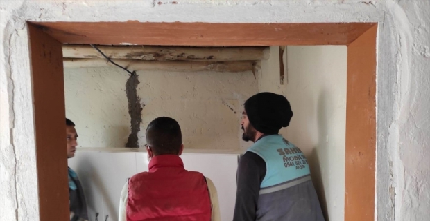 Kahramanmaraş'ta meslek lisesi öğrencileri ihtiyaç sahibi ailelerin yüzünü güldürüyor